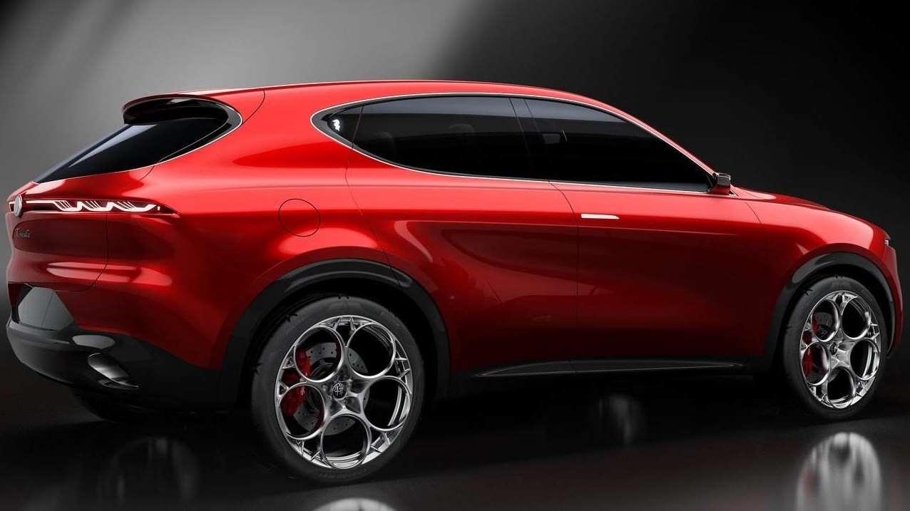 阿尔法罗密欧首款混动SUV tonale实拍