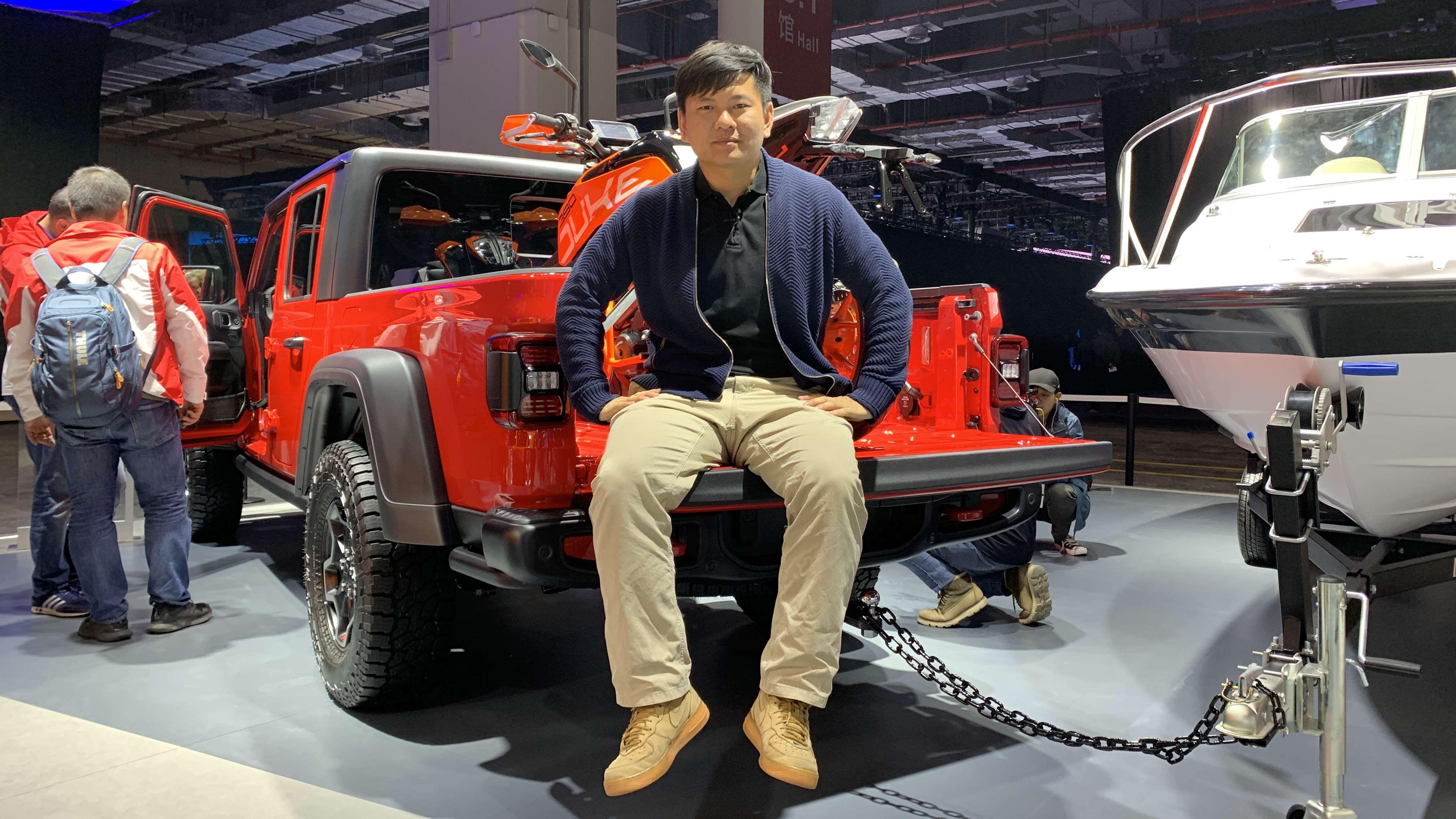 牧马人也有皮卡车型了 上海车展体验Jeep角斗士