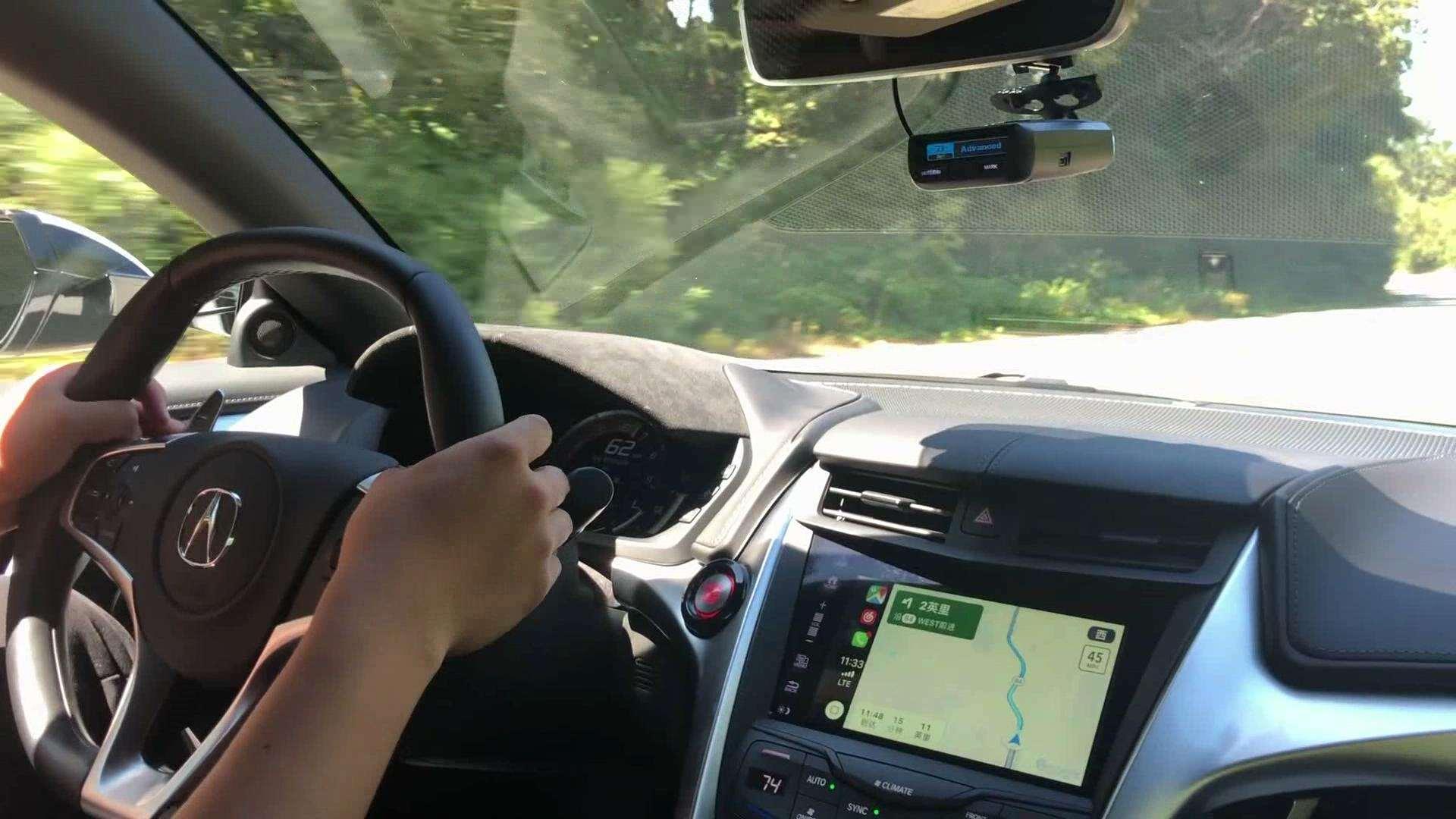 坐在讴歌NSX车内,实时聊下超跑驾驶感受