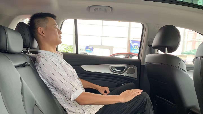 自主SUV新三强大PK 谁坐起来更舒适