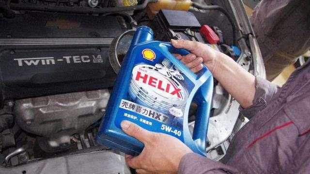 日系车为何偏爱低粘度机油?这里面学问大,别选错了