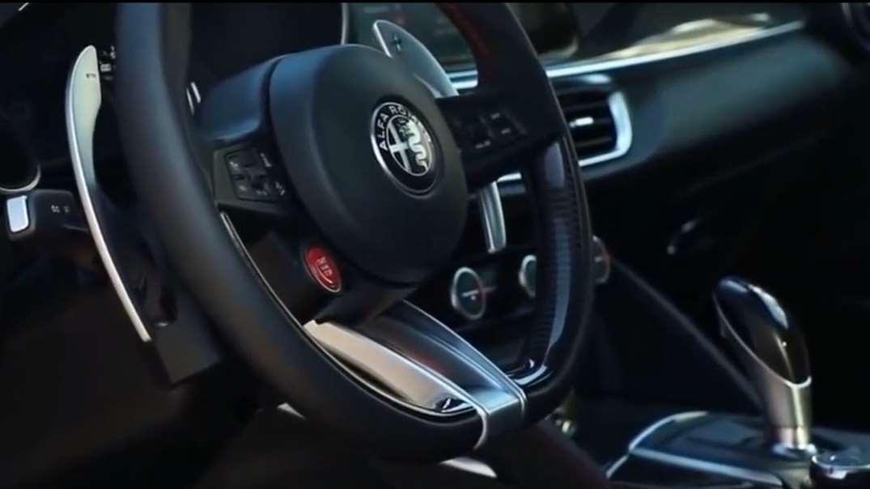 600Nm扭矩 510Ps马力,这款中型SUV还配V6发动机,你被撩到了吗?