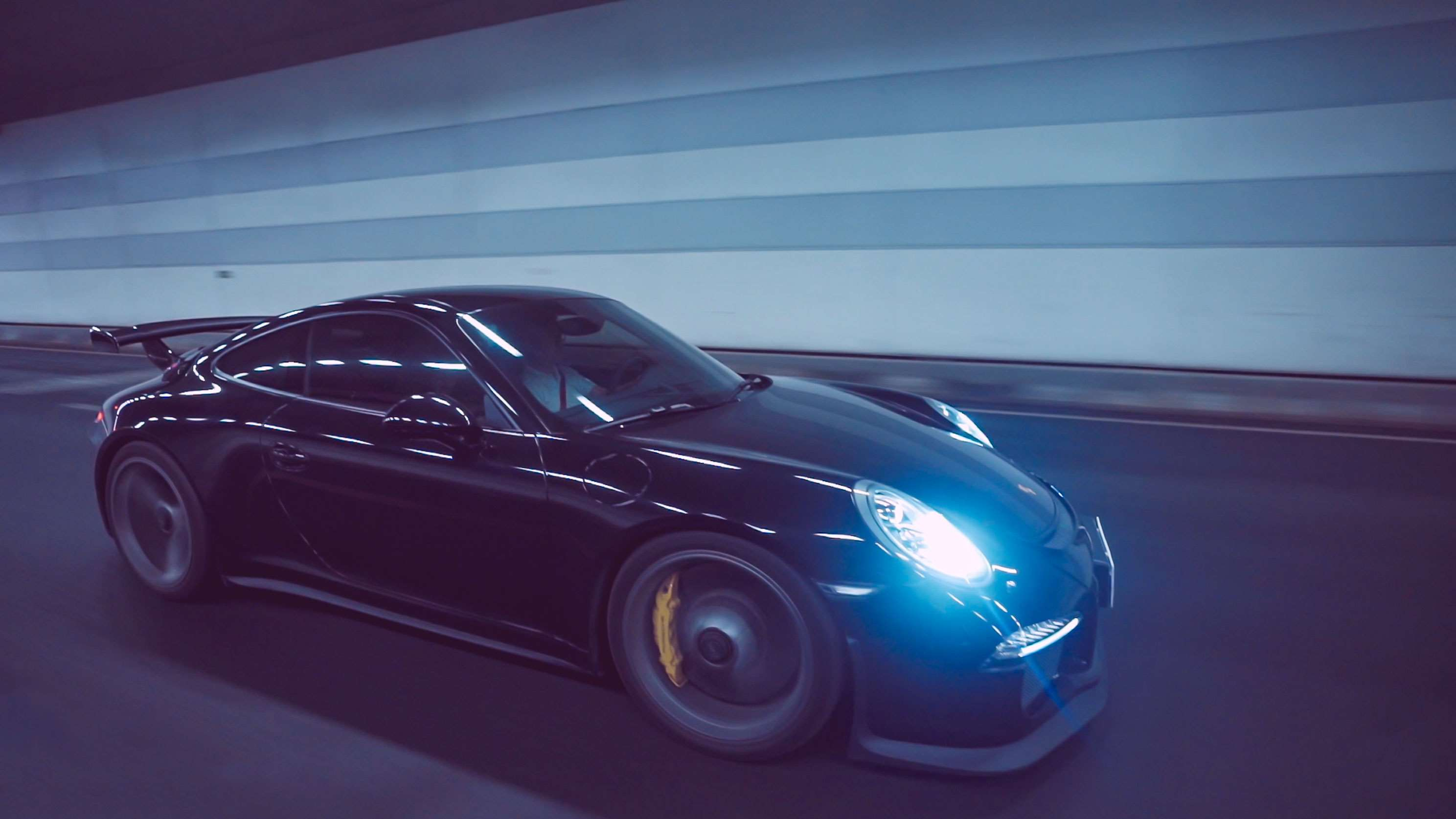 """柏林之声加持 解锁保时捷911 GT3的""""隐藏选配"""""""