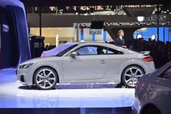奥迪新TT RS Coupe,展现运动之美