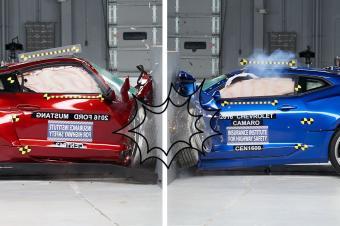安全至上 福特野马与雪佛兰科迈罗谁更安全?