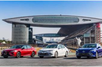 解决积碳最in技术丰田把第八凯美瑞发动机做到极致