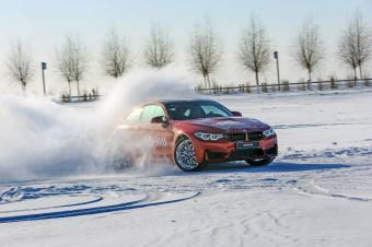 得儿意的漂 BMW哈尔滨冰雪试驾