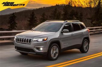 Jeep发布新款自由光 回归一体式大灯 颜值飙升