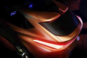 雷克萨斯新旗舰,颜值帅X6十倍,成跨界SUV新宠
