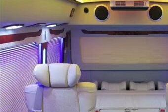丰田考斯特改装布局图 9座豪华商务车价格