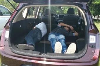 待你长发及腰,不如跟我上车躺好?