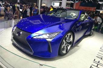 只卖140万的日系跑车,颜值完胜400万法拉利