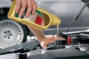 机油多少公里更换最佳,4S店会骗你超五千不质保!