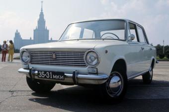"""【聊车事】看《莫斯科行动》回忆苏联""""老车"""""""