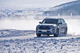 开着它去玩冰赏雪看极光 车镜试驾新哈弗H6 Co