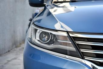 """十佳发动机+""""G""""标志大奖,国产家轿比日系还省油"""