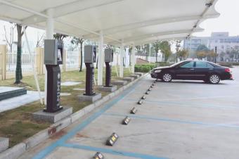 收藏!全国最全高速服务区充电桩分布明细!