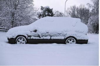 天冷行车雨雪多,怎样才能安全驾驶