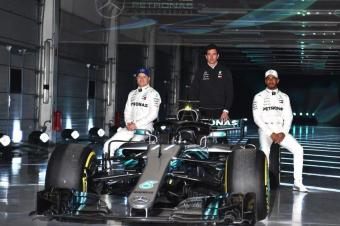 冠军回归 梅赛德斯AMG F1车队正式发布新车