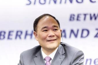 李书福成为奔驰最大股东
