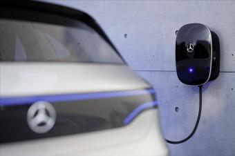 同时为两辆汽车充电,奔驰最新家庭充电桩超越特斯拉