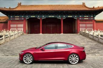 特斯拉正与上海商量建厂,2017销售超20亿美元