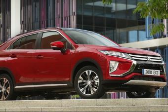 日本本土销量完虐思域的三菱SUV将国产 马自达CX-4要凉了