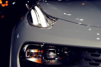 如果只看外观,丰田C-HR和领克02,你更喜欢哪一款?