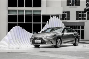 恭喜你!这个月你就能买到这款最具艺术性的豪华中型轿车