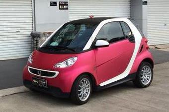 奔驰smart拉丝玫瑰红车身改色贴膜效果图