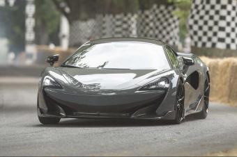 迈凯伦600LT实车亮相,排气在车顶,600马力300万!