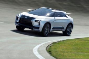 三菱翻身之作,又是一款用概念车直接量产的神车,很快进中国