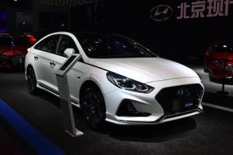 韩国车发飙了!新起亚K5索纳塔纯电能跑75公里,补贴后17万