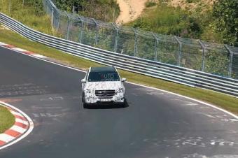 又是性能猛兽!奔驰GLE AMG赛道狂飙!将搭载4.0TV8