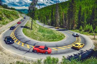 汽车美图分享:兰博基尼,激情燃烧的公路风光大片!