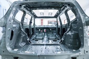 走进同济大学力学实验室,现场测试7座SUV车顶强度谁家强?