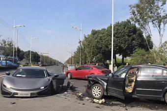 前途汽车首撞气囊没有弹出 安全性能真的堪忧?