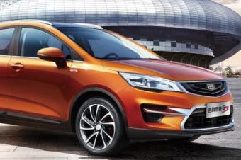 10月轿车市场前十五:思域持续高涨幅,两款自主品牌车型入榜