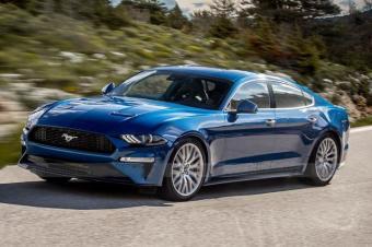 新福特Mustang四门轿车即将来袭,V8发动机还是纯电动?