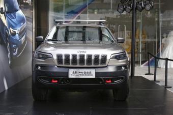 新款Jeep自由光正式发布 12月上旬正式上市