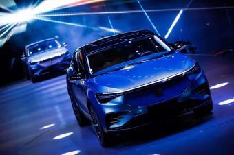 """产品对标特斯拉/宝马 电咖高端品牌""""天际""""首款新车ME7亮相"""
