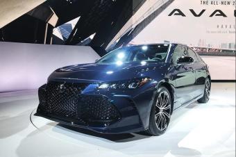 亚洲龙、凯美瑞、雅阁混动车型对比!丰田本田谁的技术更强?