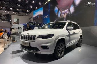 颜值更高/动力更强 实拍全新Jeep自由光