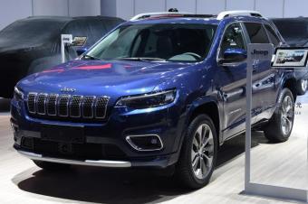 新款Jeep自由光亮相广州车展!