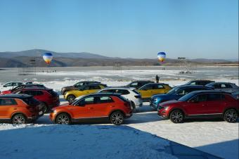 在冰雪世界里也能穿梭如鱼,一汽-大众探歌、探岳实力够硬的!
