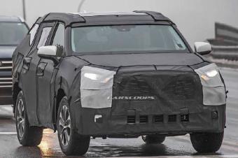 全新汉兰达谍照曝光,车身尺寸增加,V6发动机有望回归