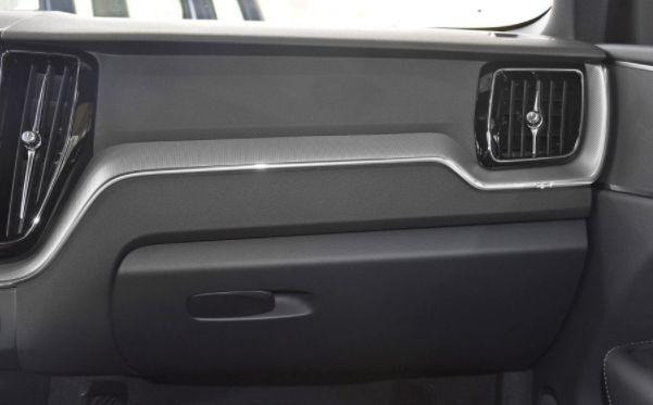 沃尔沃XC60,这辆车始于颜值忠于操控,各方位展示完美姿态