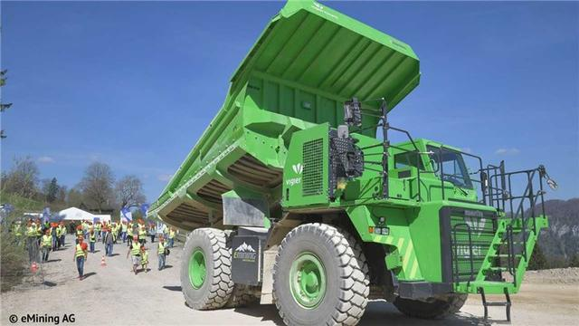 世界最大电动汽车重达45吨,官方称无需充电