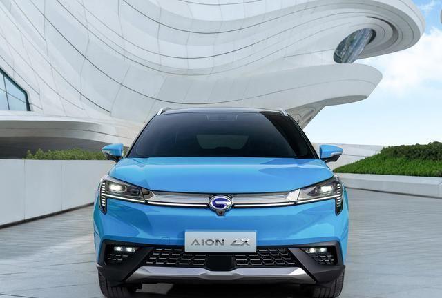 广汽Aion LX上市,价格直逼35万,27万的途观L新能源不香吗