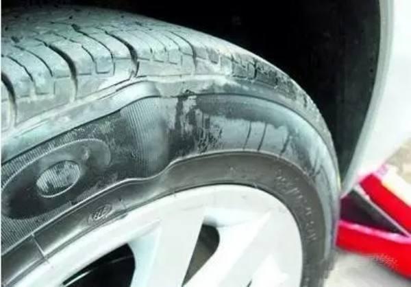 汽车轮胎用了5年,但磨损不大,为什么强烈建议更换?